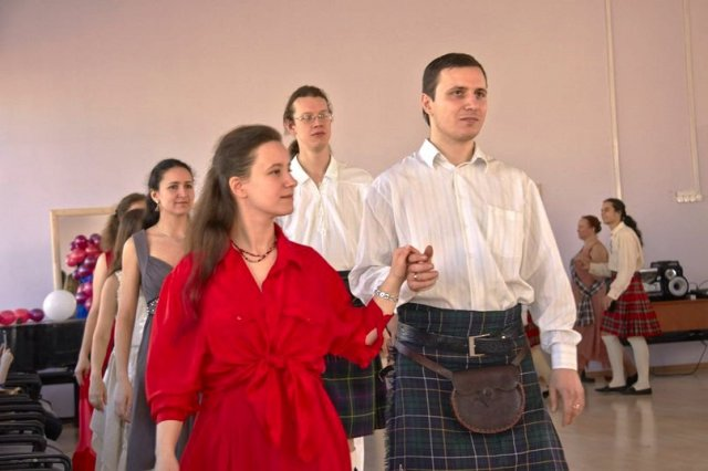 21-year-scottishdance-bal-09-03-14-03