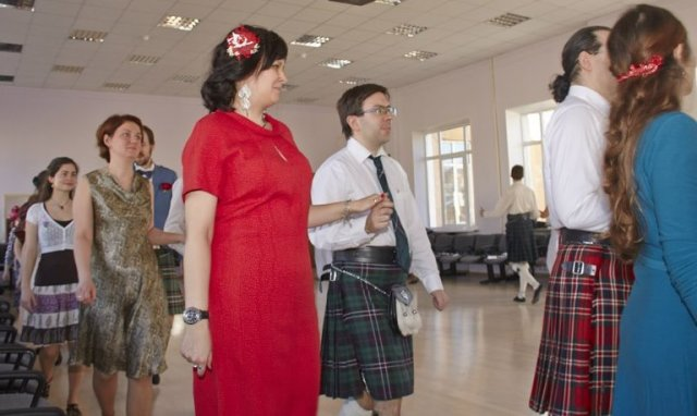 21-year-scottishdance-bal-09-03-14-08