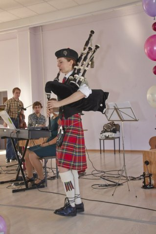 21-year-scottishdance-bal-09-03-14-32